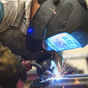 worker-iron-300x300